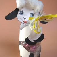Lavoretti di Pasqua per bambini- Agnellino porta ovetti di cioccolato