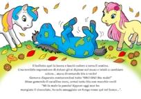 disegno di cavallino ammalato di colore blu e verde che si rotola per terra